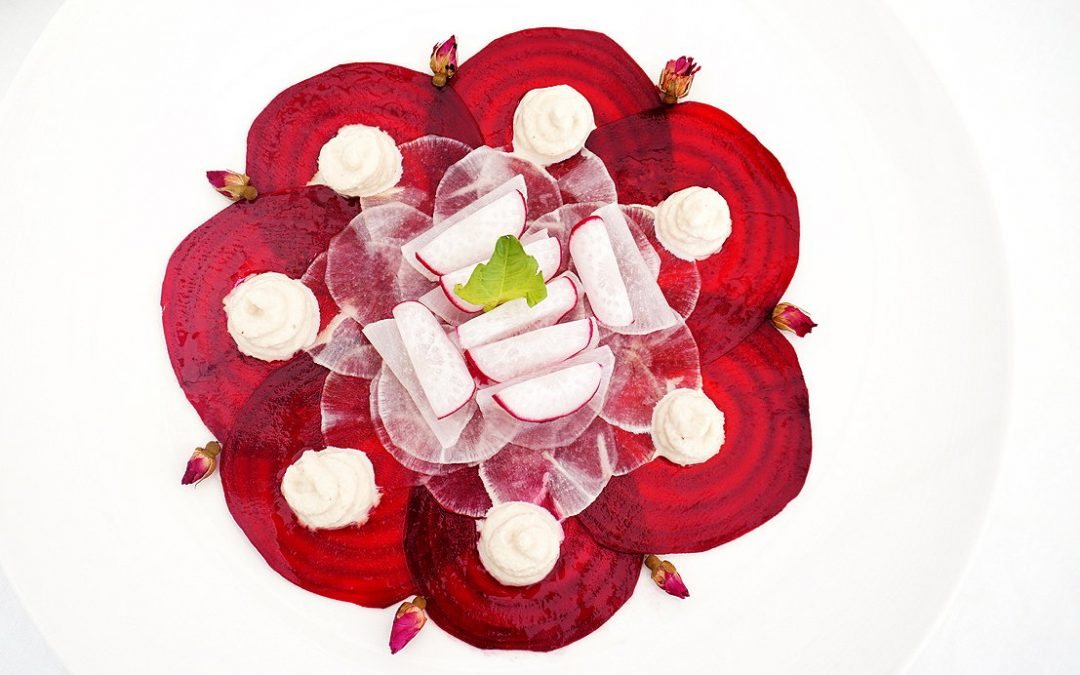 The Nutrition Facts and Health Benefits of Beetroot