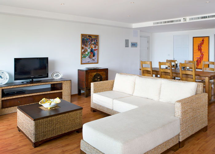 Santosa Resort Detox Wellness Spa Yoga Retreat Kata Beach Phuket Thailand RESORT Accommodation BEDROOM APARTMENT SEA VIEW Livingroom 700x500