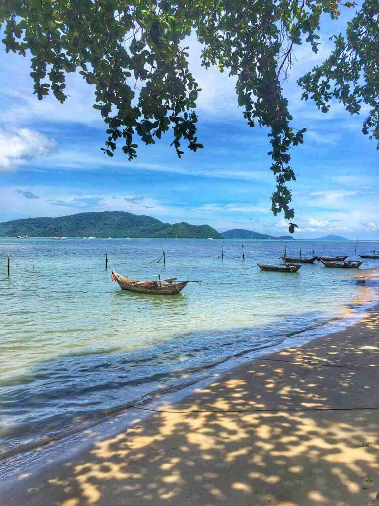 Retreat On Beach Wellness Spa Detox Program Santosa Phuket