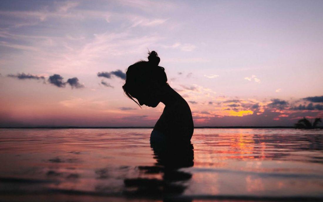 Santosa Detox Wellness Spa Phuket Women Relaxing In Water At Sunset